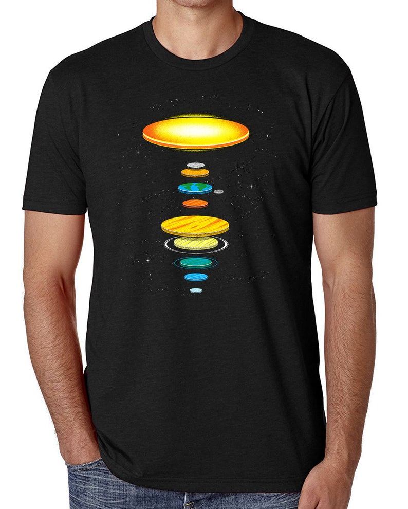 Flat earth theory t shirt mens comedy t shirts the flat solar system